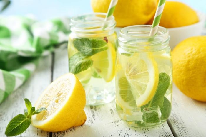 limun i topla voda