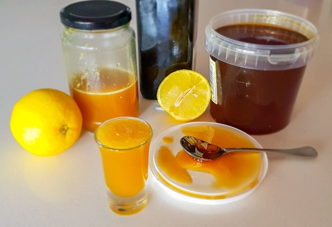 maslinovo ulje med i limun za kasalj