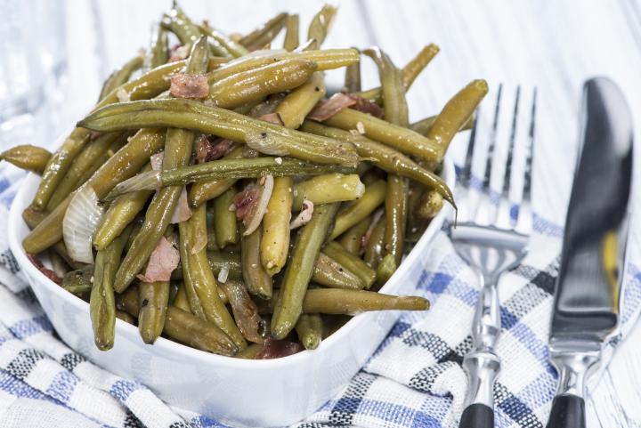 salata sa zelenom boranijom