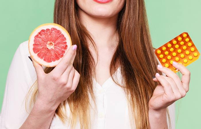 vitamin C za skidanje boje sa kose